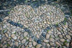 Pedras na forma do coração Fotografia de Stock