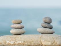 Pedras na praia Imagem de Stock