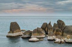 Pedras na praia de Lamai imagens de stock royalty free