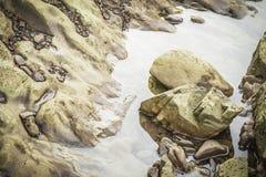 Pedras no rio em Suratthani Fotos de Stock