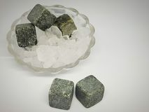 pedras para bebidas refrigerando imagem de stock