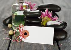 Pedras para a massagem imagens de stock royalty free