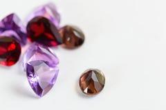 Pedras preciosas coloridas com pedra da grandada Fotografia de Stock Royalty Free