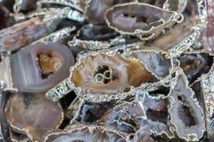 pedras preciosas minerais naturais como uma colar Fotografia de Stock