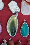 pedras preciosas minerais naturais como uma colar Fotos de Stock Royalty Free