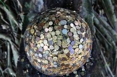 Pedras redondas enterradas no templo Fotografia de Stock