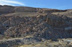 Pedregulhos e rochas no lado da montanha Foto de Stock Royalty Free