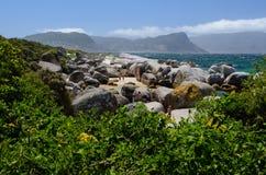 Pedregulhos praia, província de cabo Imagem de Stock Royalty Free