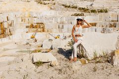 Pedreira de mármore branca grande, pedreira de mineração fotografia de stock royalty free