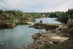 A pedreira do granito em Ucrânia abandonou a pedreira do granito Fotos de Stock