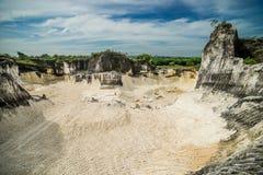 Pedreira na ilha Goa Kapur de Indonésia Madura Foto de Stock