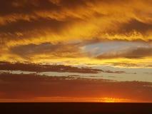 Pedy Sun Satz Coober und Opale Süd-Bergbaustadt Australiens lizenzfreie stockbilder