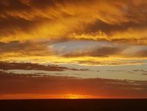 Pedy Sun Satz Coober und Opale Süd-Bergbaustadt Australiens lizenzfreie stockfotos