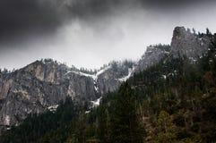 Peeks della montagna con neve Fotografia Stock Libera da Diritti
