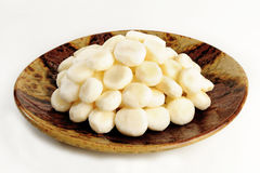 Peel raw chinese water chestnut Royalty Free Stock Photos