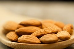 peeled almonds in spoon Royalty Free Stock Photography