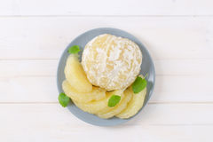 Peeled and sliced pomelo Royalty Free Stock Images