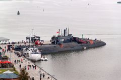 PEENEMUENDE,德国- 2017年9月21日:按常规前波儿地克的苏联海军的供给动力的潜水艇U-461属于clas 免版税库存照片
