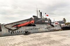 PEENEMUENDE TYSKLAND - September 21, 2017: Den konventionellt drev ubåten U-461 av den tidigare baltiska sovjetiska marinen tillh Arkivfoto