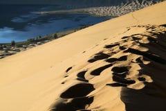 Pegada na duna Imagem de Stock