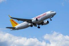 Pegaso, Airbus A320 - 200 sacan imágenes de archivo libres de regalías