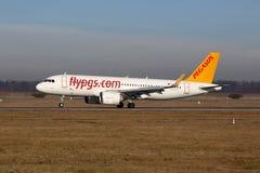 Pegasus Airlines Aerobus A320neo Stuttgart samolotowy lotnisko Zdjęcie Royalty Free