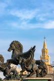 Pegasus och klockatornport Royaltyfri Foto