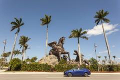 Pegasus staty på Gulfstream Park, Florida Royaltyfria Bilder
