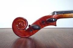 Pegbox e rolo do violino. Imagens de Stock Royalty Free