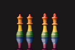 Pegni delle regine e di re che simbolizzano il matrimonio omosessuale Immagini Stock Libere da Diritti