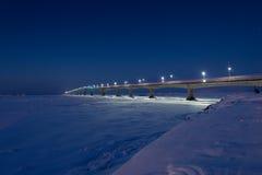 PEI Confederation Bridge na noite foto de stock royalty free