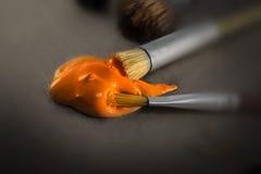 Peignez la goutte et le pinceau chiffonné Image stock