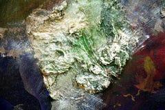 Peignez le fond créatif pourpre vert argenté de rouge bleu de la peinture liquide de courses de brosse Fond d'abrégé sur peinture images libres de droits
