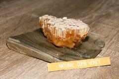 Peine natural de la miel Fotografía de archivo libre de regalías