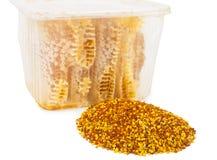 Peine y polen de la miel Imagen de archivo libre de regalías
