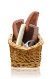 Peines de madera en la cesta de la rota Imágenes de archivo libres de regalías