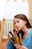 Peintre de jeune fille photographie stock