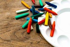 Peinture avec des crayons, ensemble de crayons, crayons de cire Photographie stock