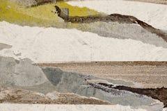 Peinture blanche et brune sur le mur grunge plan rapproché de fond Images stock