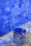 Peinture bleue, mur bleu Photographie stock