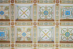 Peinture décorative sur un plafond Photographie stock libre de droits