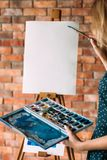 Peinture de bleu d'abrégé sur aquarelle de classe de thérapie d'art photographie stock libre de droits
