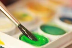 Peinture et balai Photographie stock libre de droits