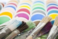 Peinture et balais d'aquarelle Image libre de droits