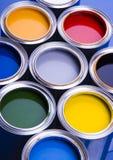 Peinture et bidons Photos stock