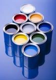 Peinture et bidons Images stock