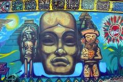 Peinture murale aztèque d'un dieu Images libres de droits