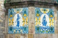 Peinture sur une fontaine à Barcelone photos libres de droits