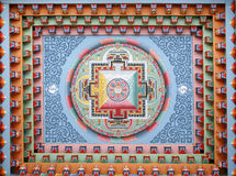 Peinture tibétaine de mandala sur le monestery Photo stock