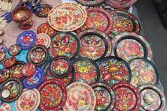 Peinture traditionnelle ukrainienne des plats en bois Images stock